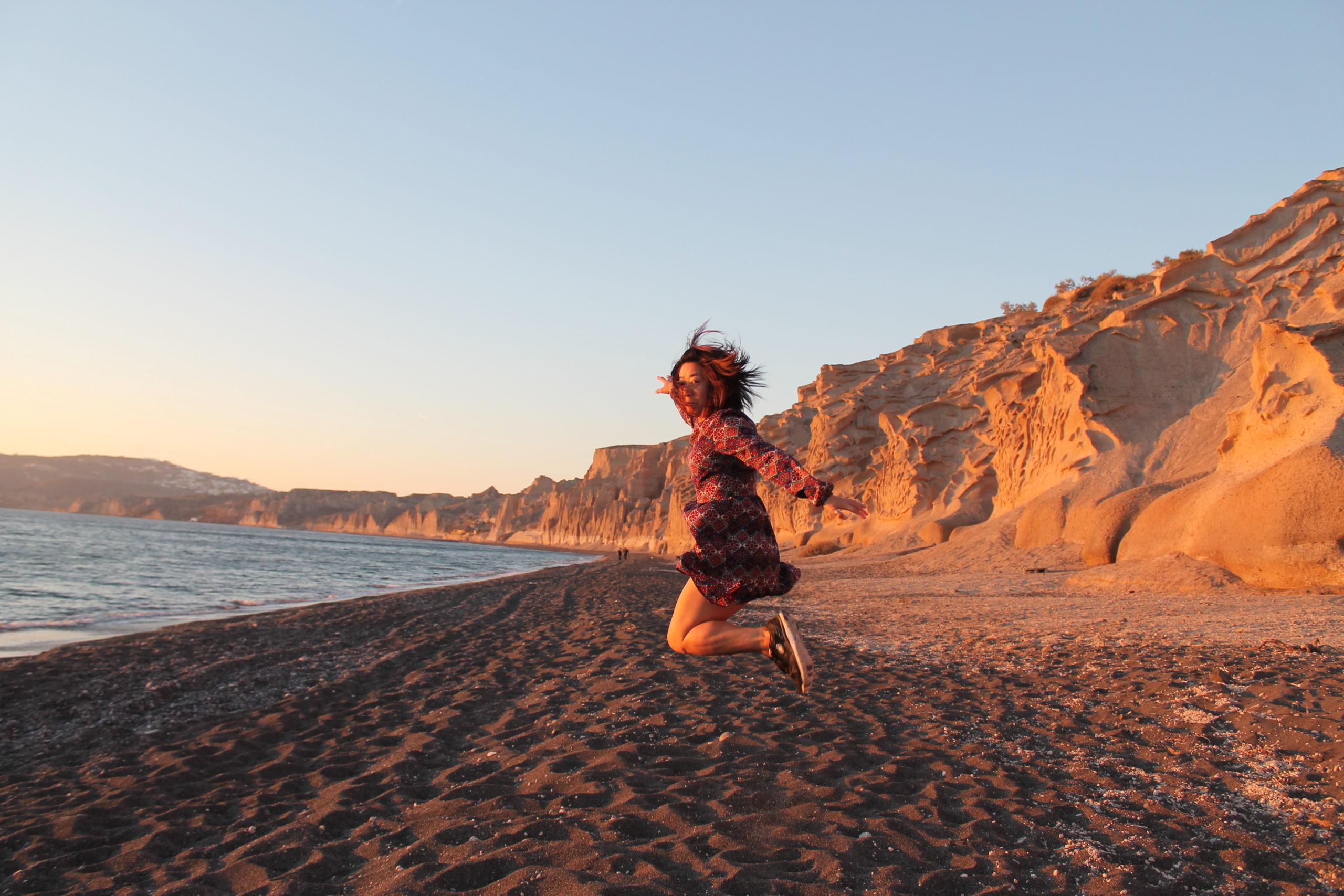 On a beautiful Greek Island of Santorini | Lillian Lee Art & Design
